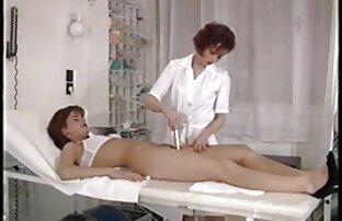 Scene calde di sesso a tre sexy e donne nude vogliose hardcore