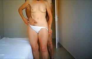 Giovane chat con ragazze nude procace porno modello tirando lei fidanzato in il bagno e scopata lui fresco in esso