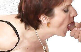 Un giovane porno modello seduce un uomo maturo per un cam belle ragazze donne nude cazzo di caldo