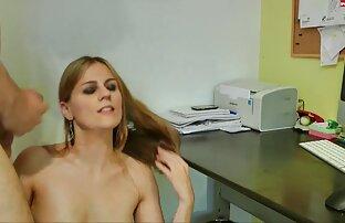 Hot video di lesbiche nude porno star succhia tonnellate di cazzi sul campo da tennis