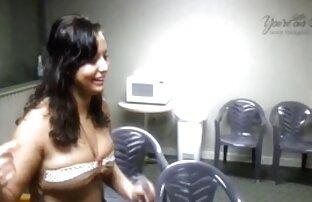 Sexy brunetta chat con donne nude piccolo drops il assolo masturbazione con giocattoli adulto