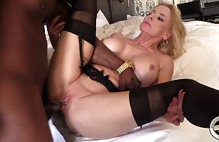 Teen ragazza video chat ragazze nude e fidanzato avere un anale caldo sborrata su il letto