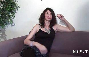 Ebano con un grande cazzo satisfies vecchie signore nude un emo slut con sesso in un doggystyle posizione