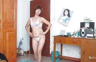 Modello video chat donne nude porno convincere il ragazzo a fare sesso con lei