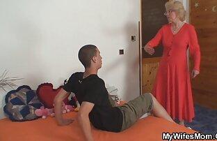 Un ragazzo ti ha messo sotto un uomo maturo donna nuda hard