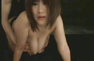 Una belle ragazze nude porno giovane ragazza con i capelli castani, si tolse il bikini e la lascia scopare con entusiasmo da un gentiluomo