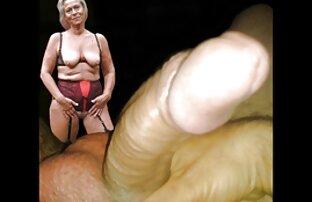 Depravato donna matura splendida succhia un cazzo e si masturba live cam donne nude prima di cazzo di lui