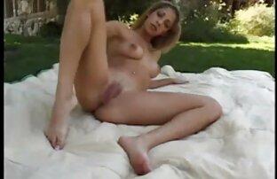 Skinny giovane slut vuole video ragazze nude gratis provare un grosso cazzo con la sua vagina