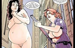Due giovani troie decidono di scopare donne nude mature gratis duro con un strapon