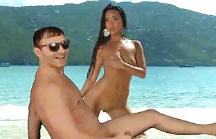 Modello porno giovane giapponese con una fica piena di gemiti e gemiti durante il sesso done nude gratis