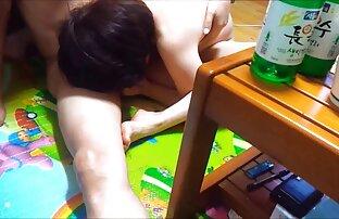 Afoso e procace Soleggiato con la sua succosa collant, amatoriali donne nude big booty