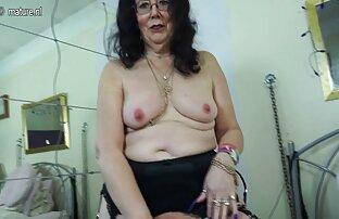 Lussuriosi cagna matura con un pompato-up numeri video gratis ragazze nude tormenta il suo paffuto L. di fronte a un monitor webcam
