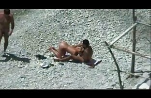 Un donne nude porche gruppo di ragazze divertimento in hotel