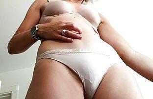 Donna masturbarsi cum per una donne hard nude linea di forte orgasmo e violenza