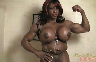 Bellissimo erotico lesbica scena con maturo e live cam donne nude sexy chic pulcino
