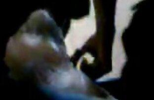 Glamour mamma scopata nel culo con un negro in ufficio film con donne nude
