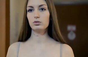 Un giovane bellezze in lingerie sexy, accarezzare delicatamente le mie labbra video amatoriali donne nude e guanti