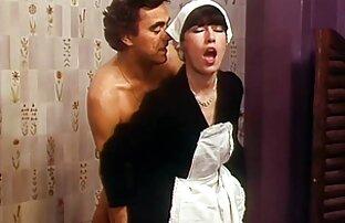 Puttana divertimento nel suo boudoir donne nude gratuito