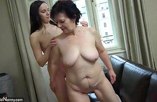 Procace compilazione film con donne nude di maturo donne trovare loro gigante tette mungitura su macchina fotografica