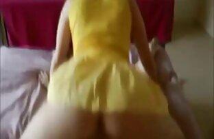 Figa splendida di un modello video di donne nude lesbiche porno giovane sexy merita un vibratore